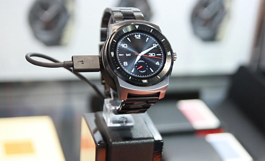 El LG G Watch R ocasionó amor a primera vista a más de uno en el IFA 2014